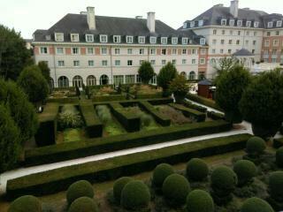 [Hôtel partenaire] Vienna House Dream Castle Paris - Page 13 14723013