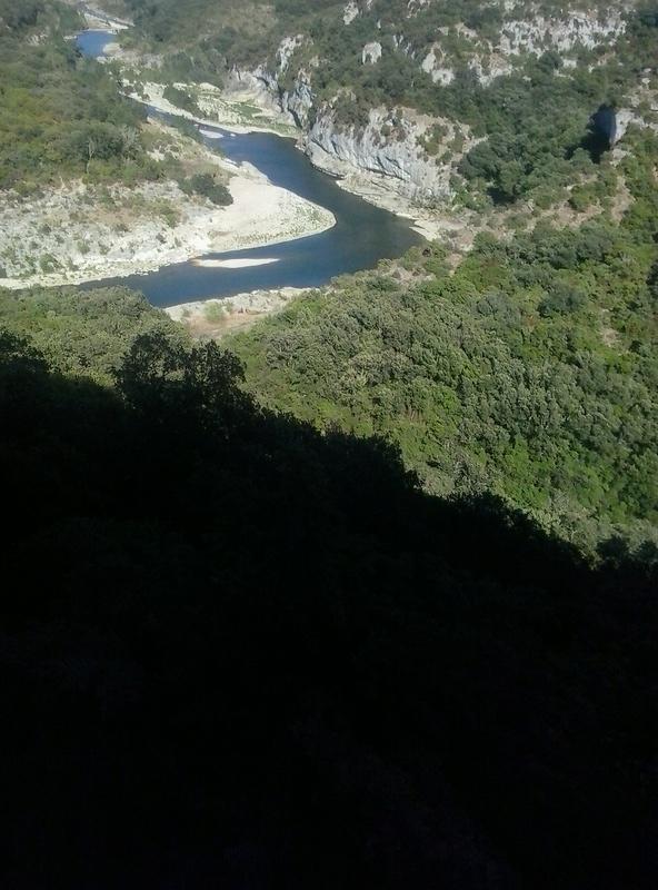 coin de pêche la baume à poulx département Gard La_bau18