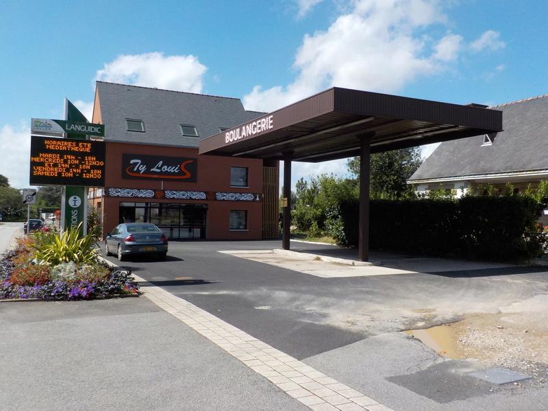Les Stations-Service & les Garages Dscn5610