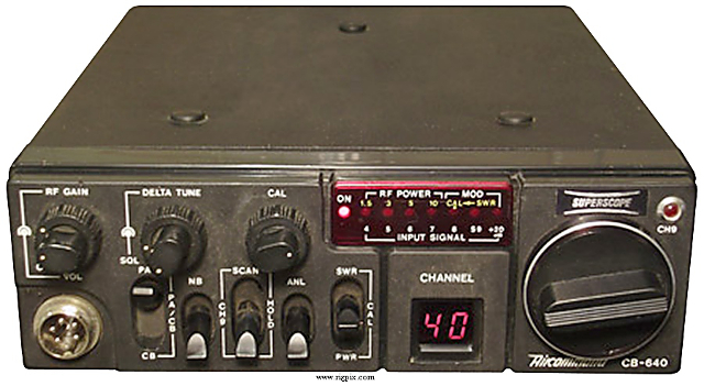 Superscope Aircommand CB-640 (Mobile) Supers13