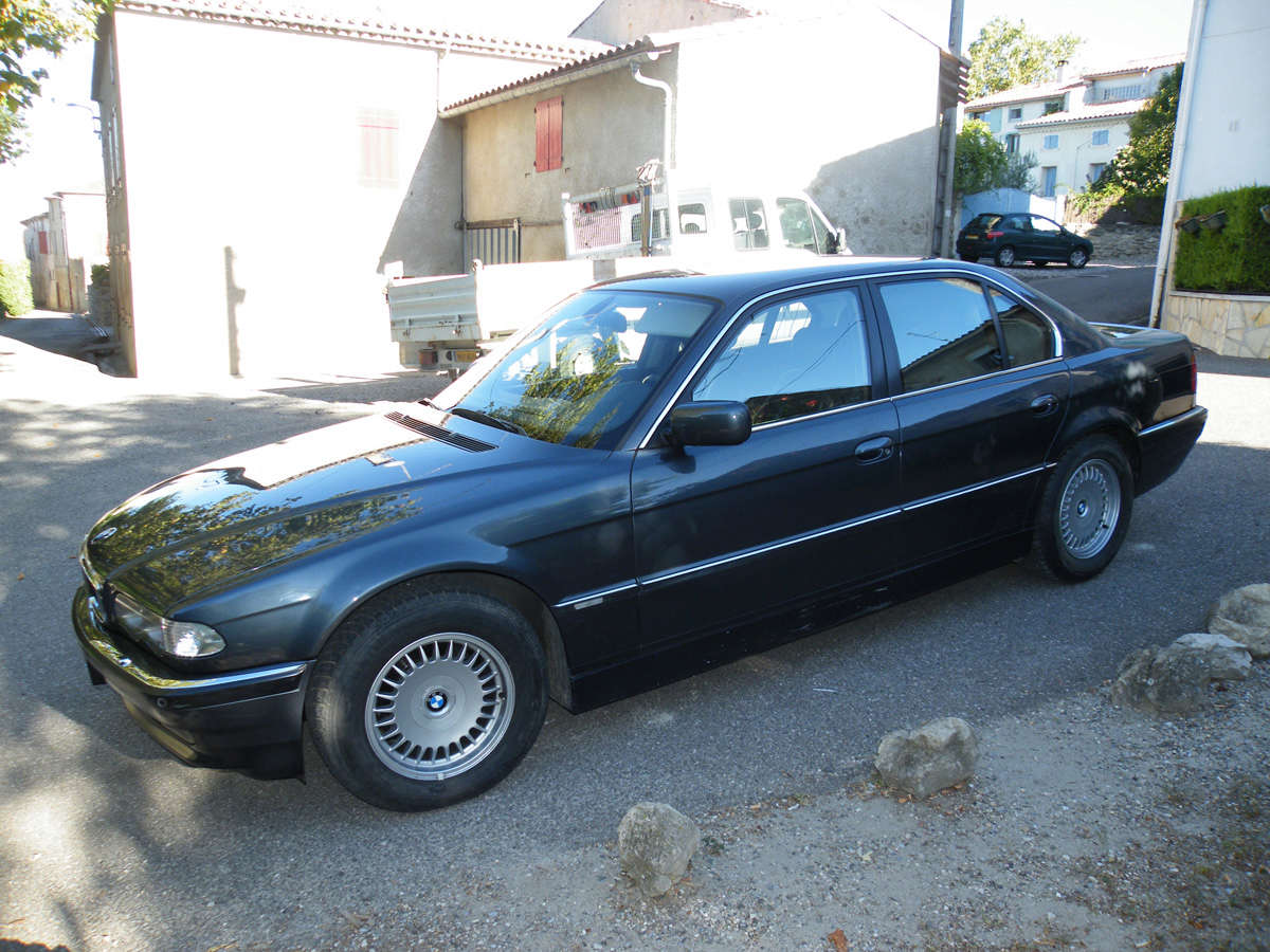 735IA E38 de 1999 Ext03p10
