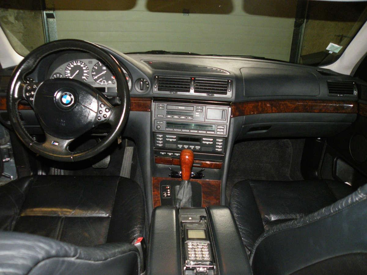735IA E38 de 1999 Int06p10