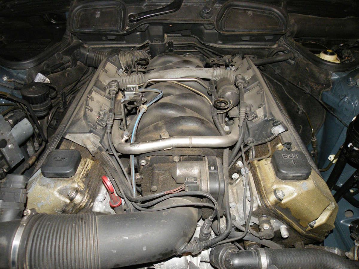 735IA E38 de 1999 Mot05p10