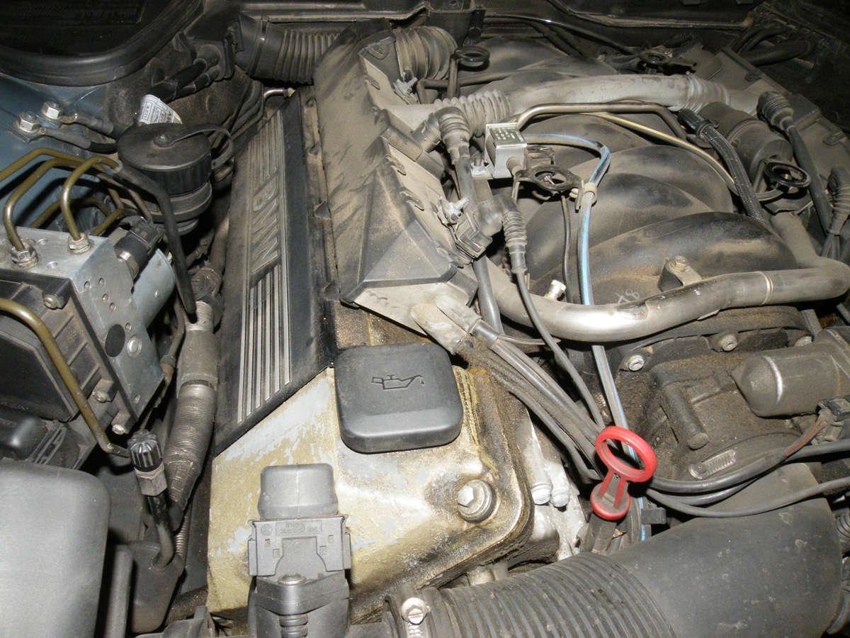 735IA E38 de 1999 Mot06p10