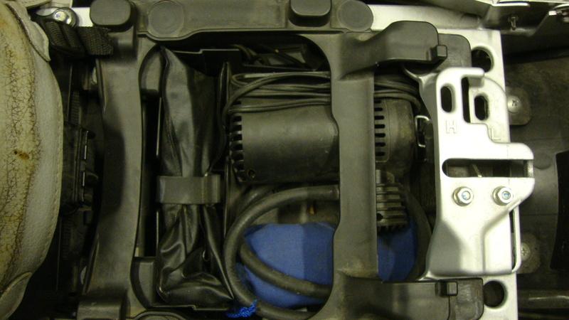 Stockage kit réparation tubeless Dsc03617