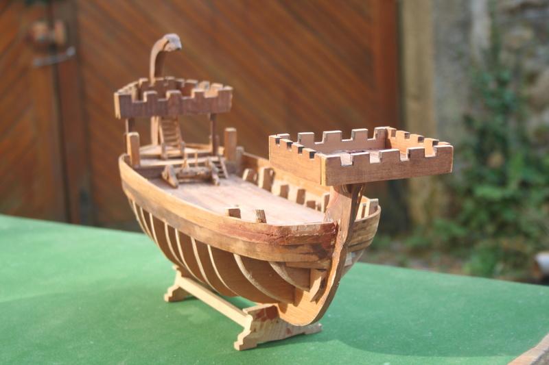 Nef de pirates normands au 1/60 e par JJ - Page 2 Img_8641