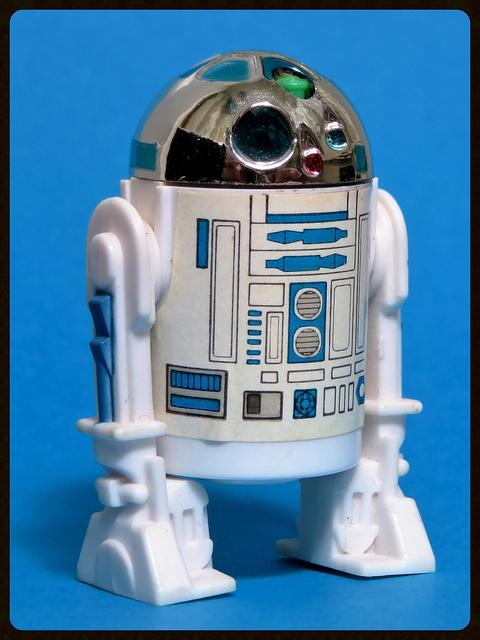 The TIG FOTW Thread: R2-D2 (POP-UP LIGHTSABER) 28099814
