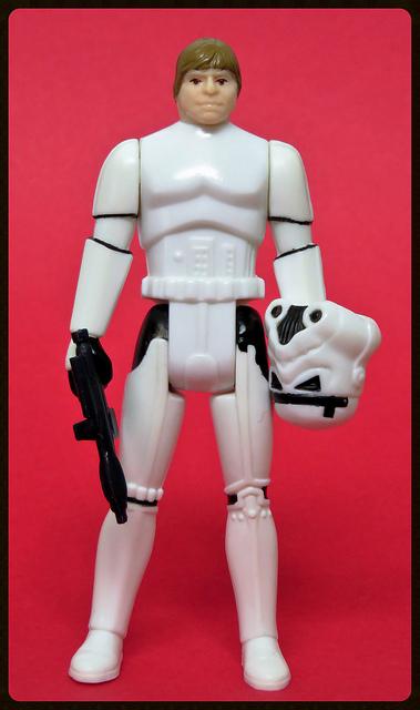The TIG FOTW Thread: Luke Skywalker (STORMTROOPER) 28100012