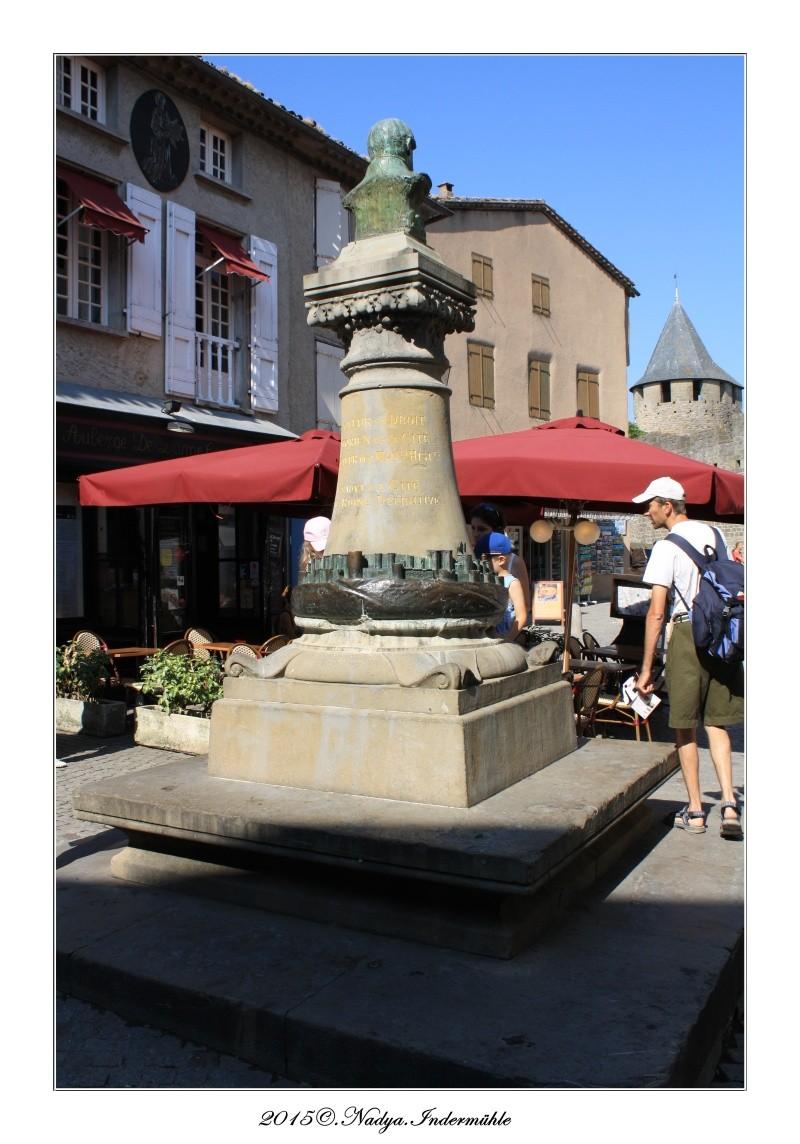 Carcassonne, et sa cité Cadrer59