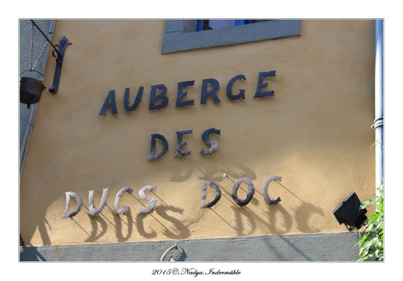 Carcassonne, et sa cité Cadrer61