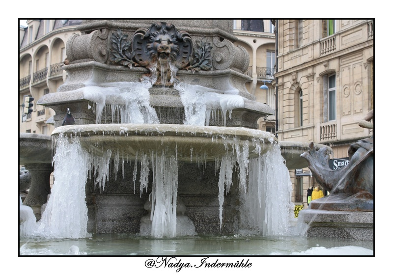 Charleville Mézières, et sa fontaine Charles de Gonzague Img_0214