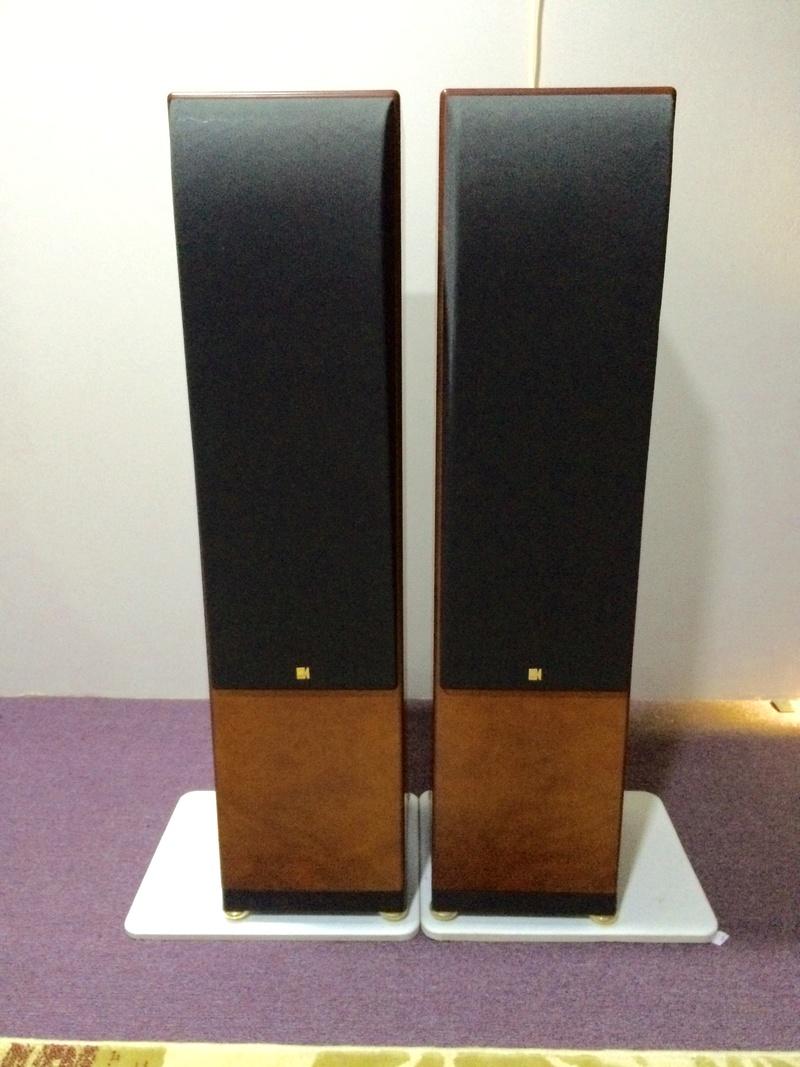 KEF Reference Model Three Loudspeaker Fullsi11