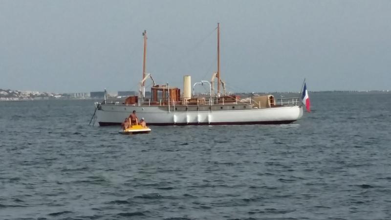 Yacht  classique à moteur 1920 / 1930 NEMESIS 20160719