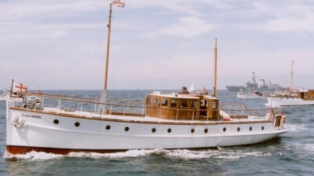 Yacht  classique à moteur 1920 / 1930 NEMESIS Img11