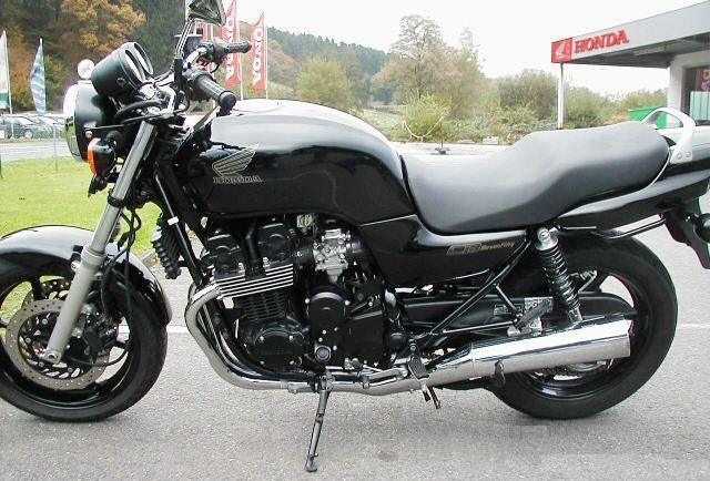 ma sevenfifty  Honda-10
