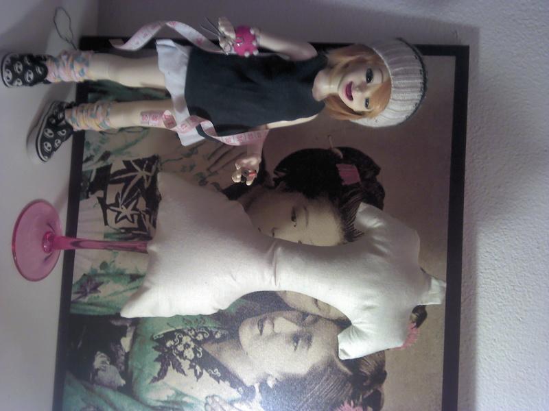 Swap: Une poupée pour ma poupée - envois et réceptions! - Page 60 Cassie10