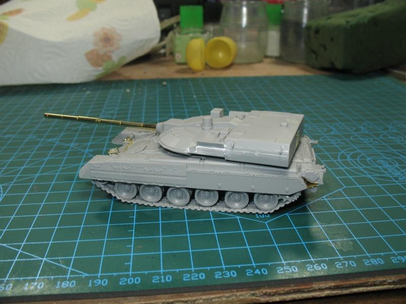 T-80UM2 black eagle [Model Collect 1/72] Img_2324