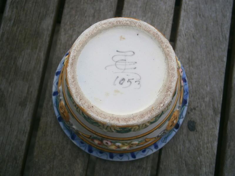 Italian majolica pot -  Società Ceramica Colonnata P7140512
