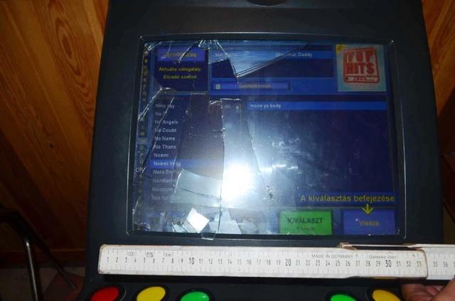 6.2 The Broken Jukebox, ClickBaiting, BadStain High Schoool 6thmuv10