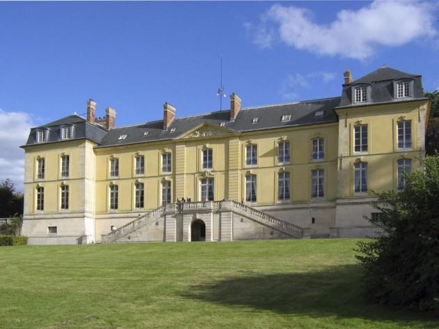 Le château de La Celle-St-Cloud 1280px10