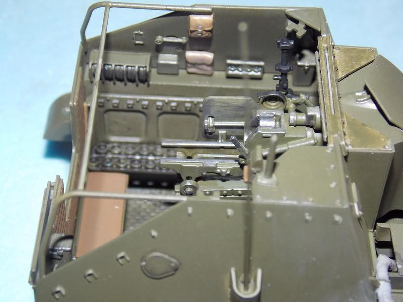 SU 76 M Tamiya et ruine Verlinden 1/35 - Page 4 Dscn4316