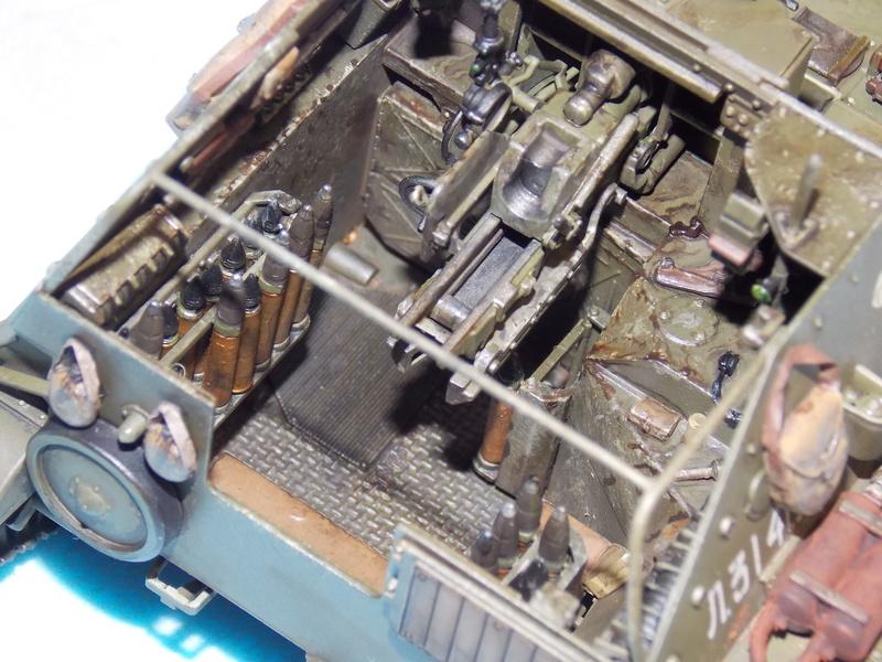 SU 76 M Tamiya et ruine Verlinden 1/35 - Page 4 Dscn4317