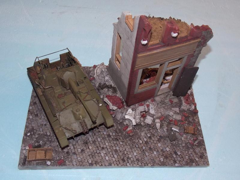 SU 76 M Tamiya et ruine Verlinden 1/35 - Page 4 Dscn4324