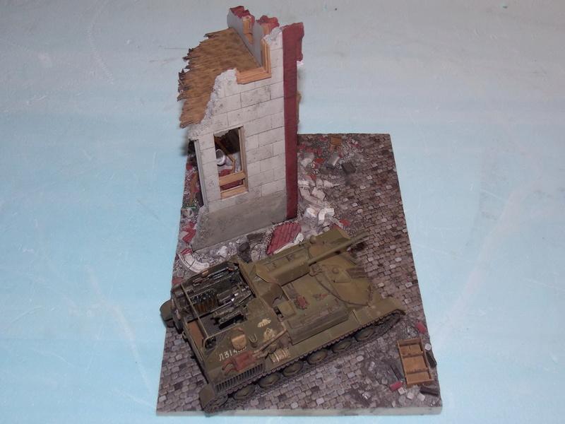 SU 76 M Tamiya et ruine Verlinden 1/35 - Page 4 Dscn4327