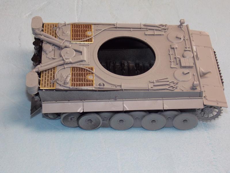 TIGRE S33  avant la bataille de Koursk juillet 43 (Dragon 1/35 dio DIODUMP) Dscn4547