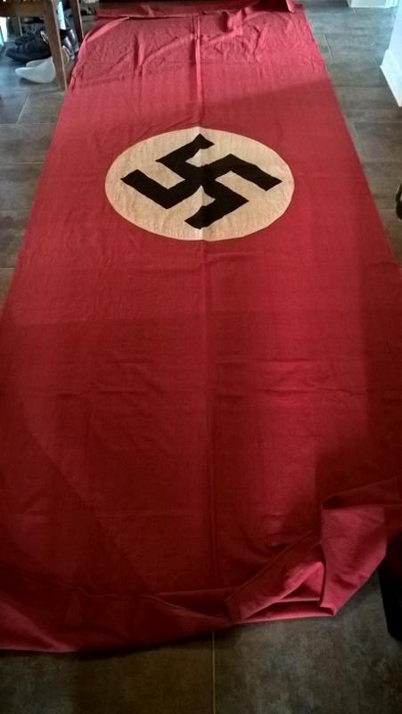 Bannière NSDAP  111