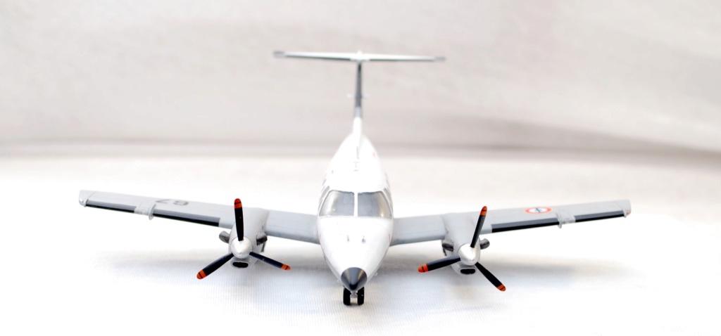 """Embraer EMB-121AN Xingu """"100ans Aéronautique Navale"""" (Amodel 72364) 1/72 0210"""