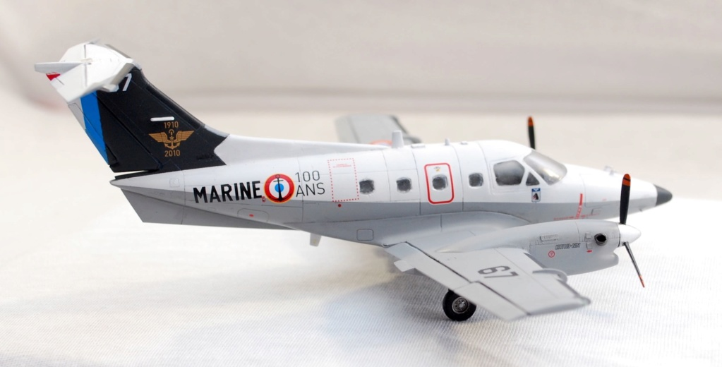 """Embraer EMB-121AN Xingu """"100ans Aéronautique Navale"""" (Amodel 72364) 1/72 0410"""