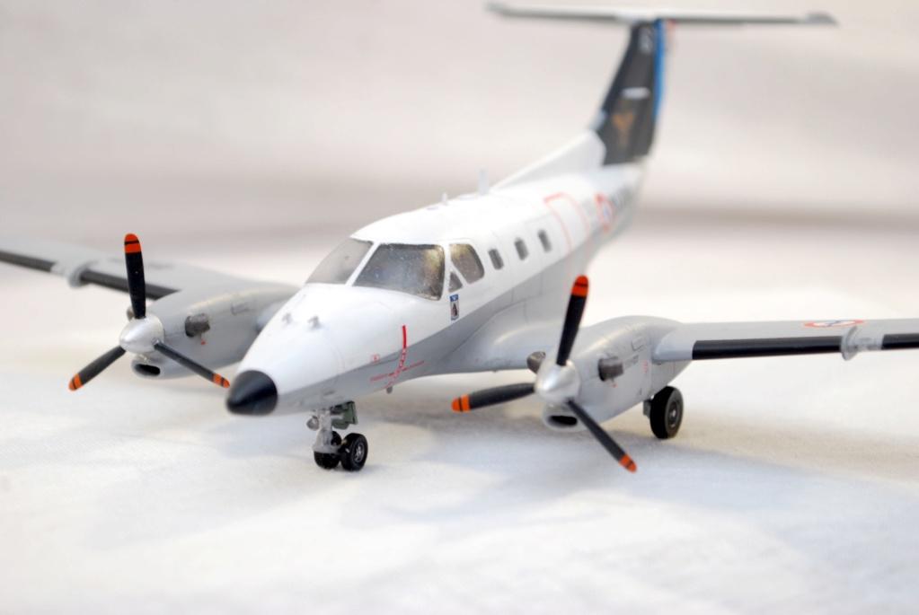 """Embraer EMB-121AN Xingu """"100ans Aéronautique Navale"""" (Amodel 72364) 1/72 0810"""
