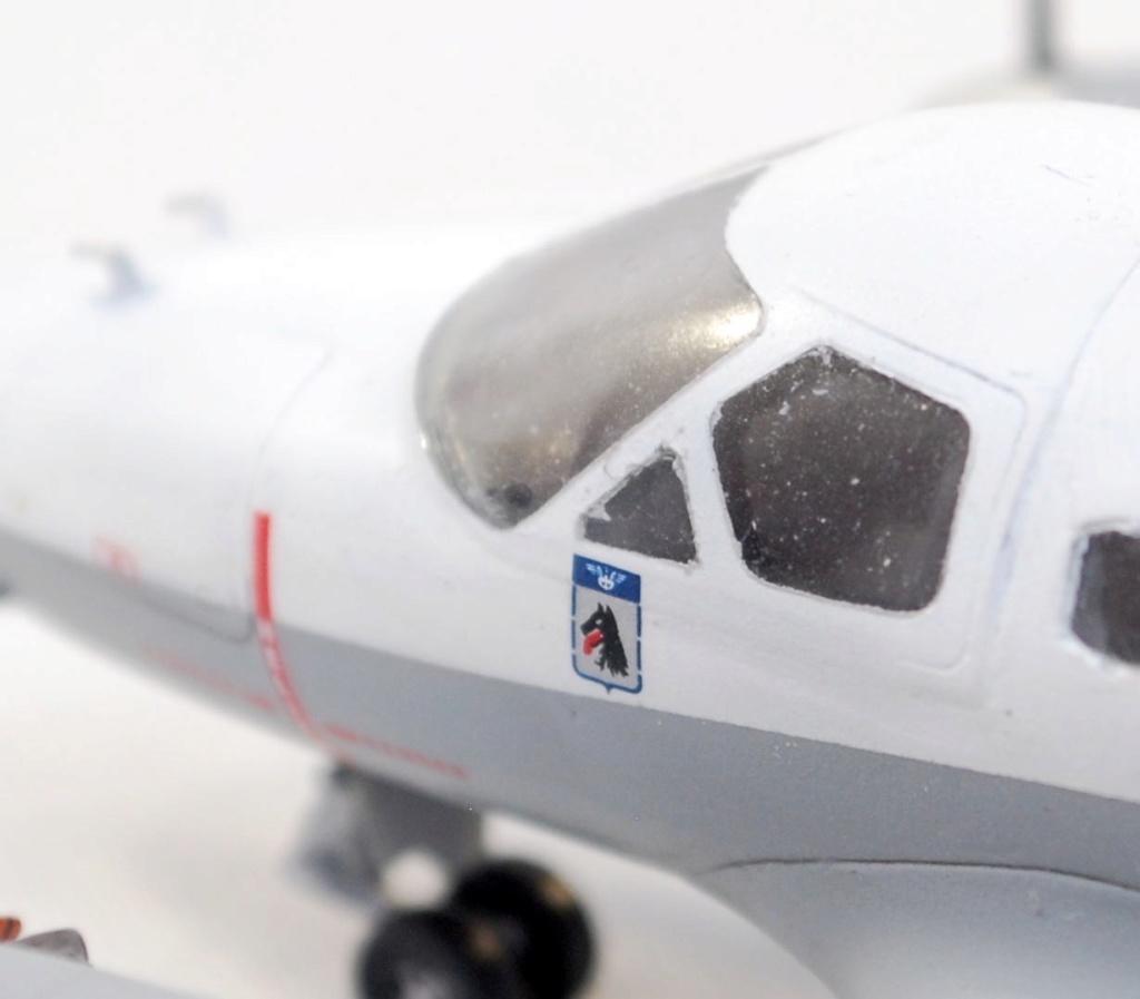 """Embraer EMB-121AN Xingu """"100ans Aéronautique Navale"""" (Amodel 72364) 1/72 1310"""