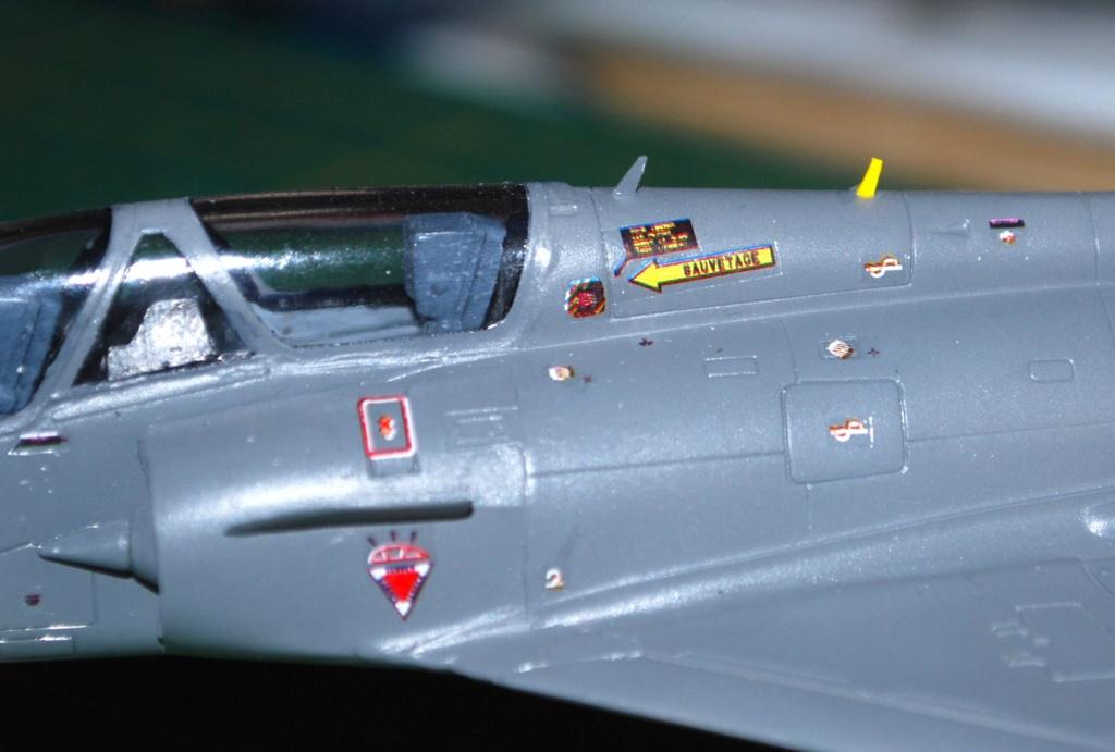 Mirage 2000B Banc d'essai Rafale 1/72 Heller/FFSMC 2017 - Page 3 2000b_33