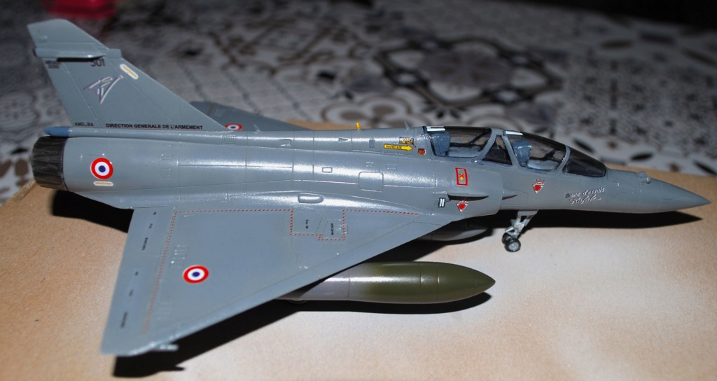 Mirage 2000B Banc d'essai Rafale 1/72 Heller/FFSMC 2017 - Page 3 2000b_35