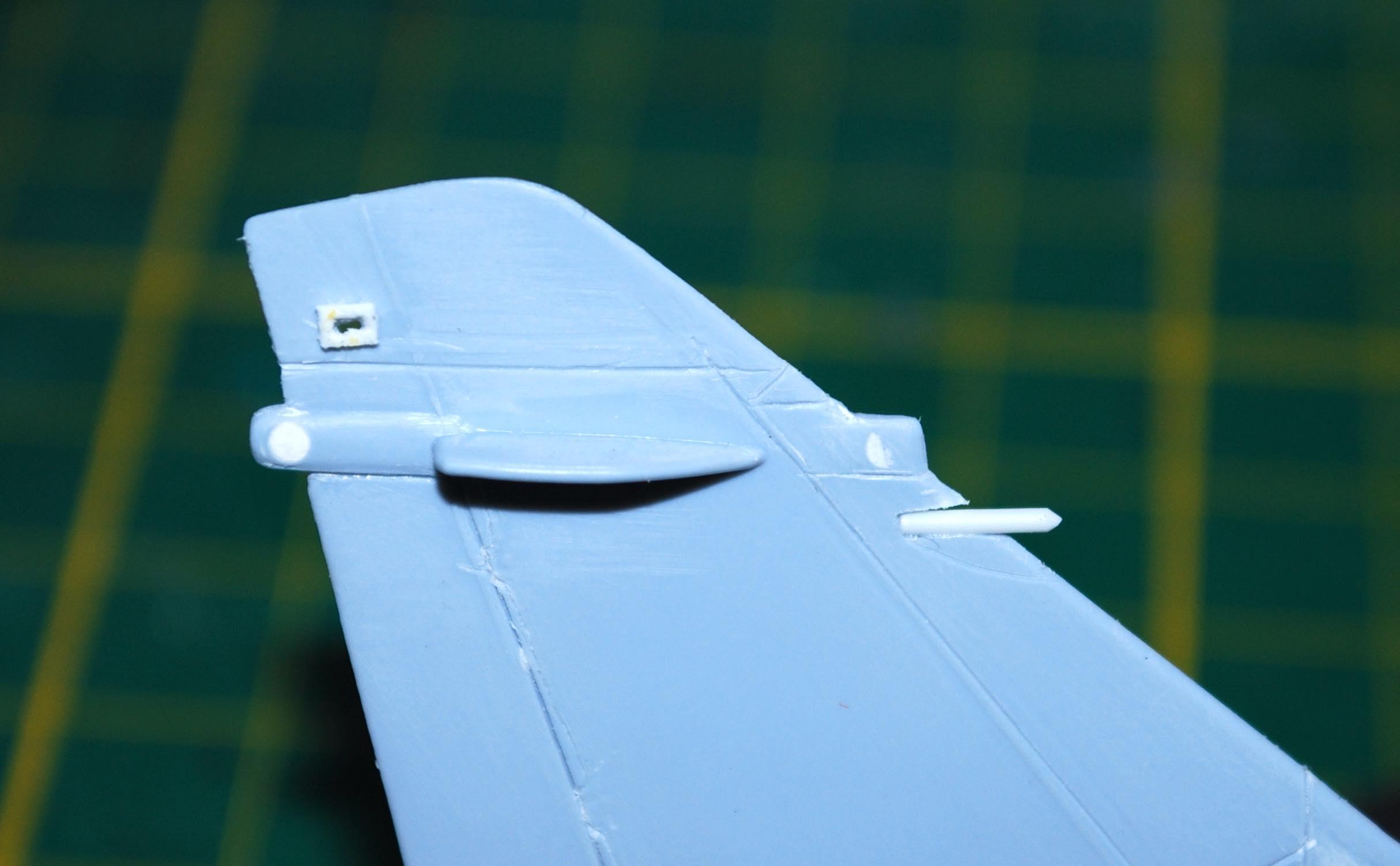 1/72 Mirage 2000-5F (Base 2000C) Heller Dsc_0246