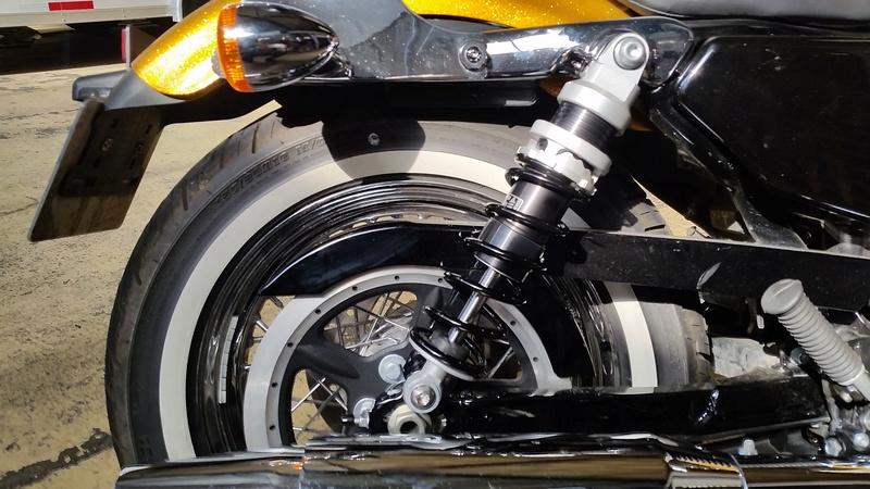 Avis sur les nouveaux amortisseurs Harley montés 2016 - Page 2 20160815