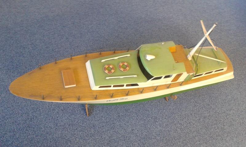 Modellboot auf aktuellen Stand bringen... 20160811