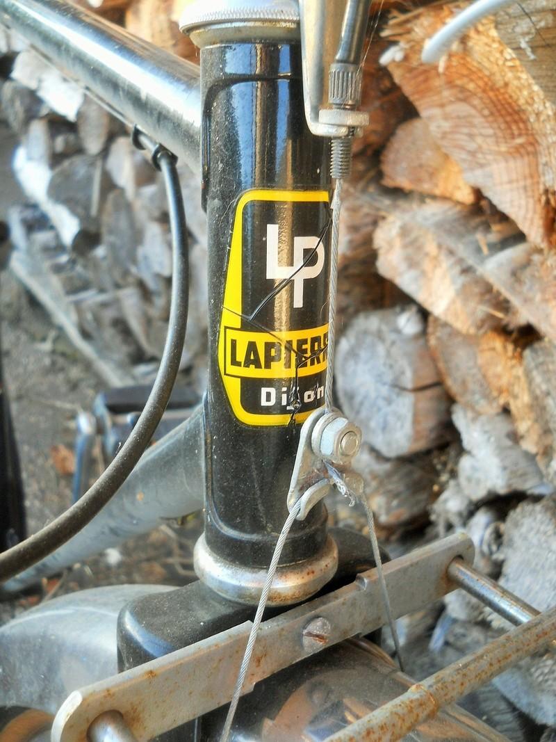 porteur LAPIERRE-PEUGEOT 1989 Dscn8494