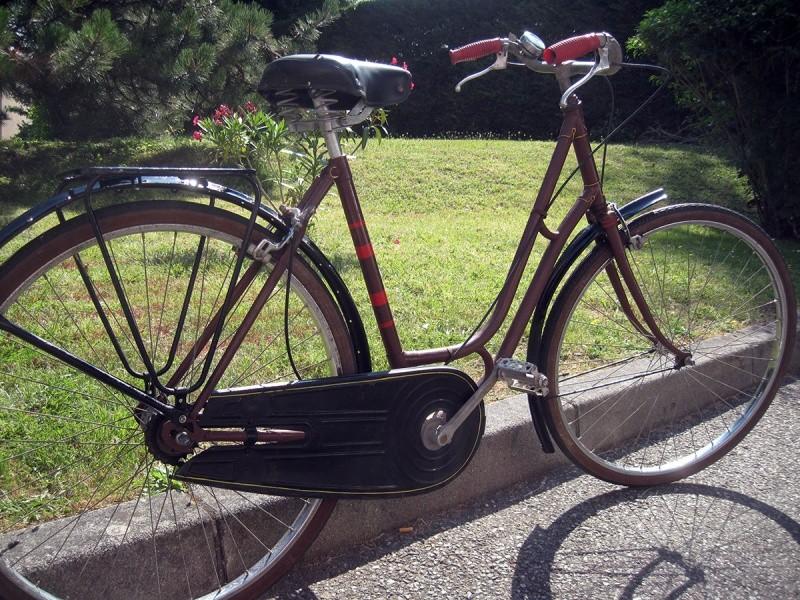 Vélo ancien à identifier 210