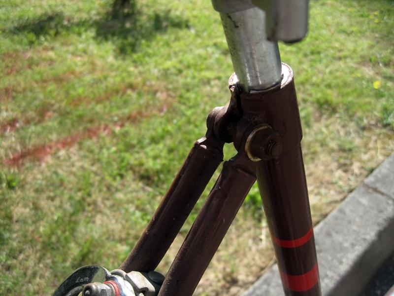 Vélo ancien à identifier 410