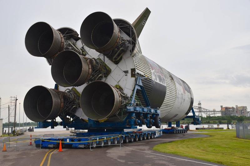 Transfert 1er étage saturn V du Michoud Assembly au Stennis Space Center 123