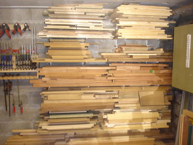 Rack à bois avec consoles et crémaillères Dsc03111