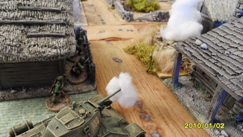 "CR Front de l'est Fig 28mm ""Steiner s last battle"" Sam_3948"