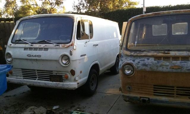 Russell's '66 Sportvan Deluxe 1310