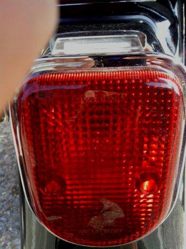 Changement ampoule Hyosung Aquila GV125 !! 14692610