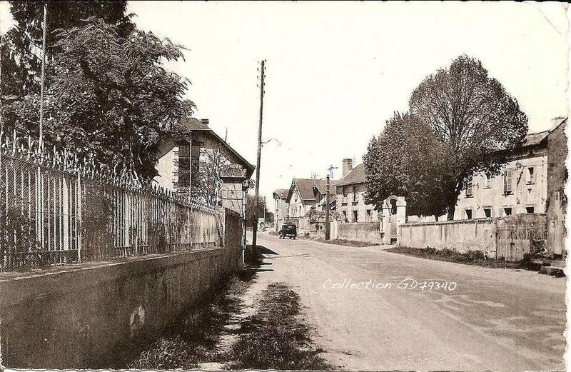 Ancienne caserne de Ménigoute (79) Bt_men10