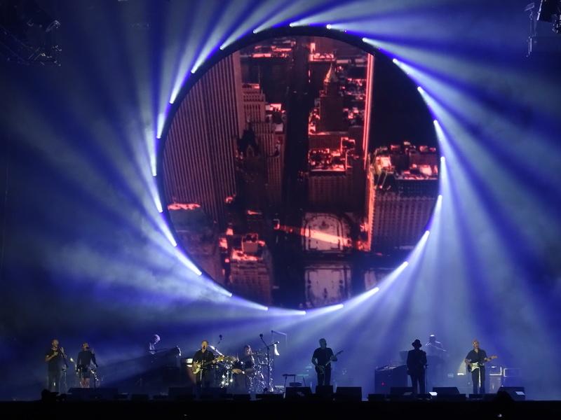 David Gilmour à la Saline Royale d'Arc-et-Senans (Besançon) le 23.07.16 - Page 22 Dsc01118