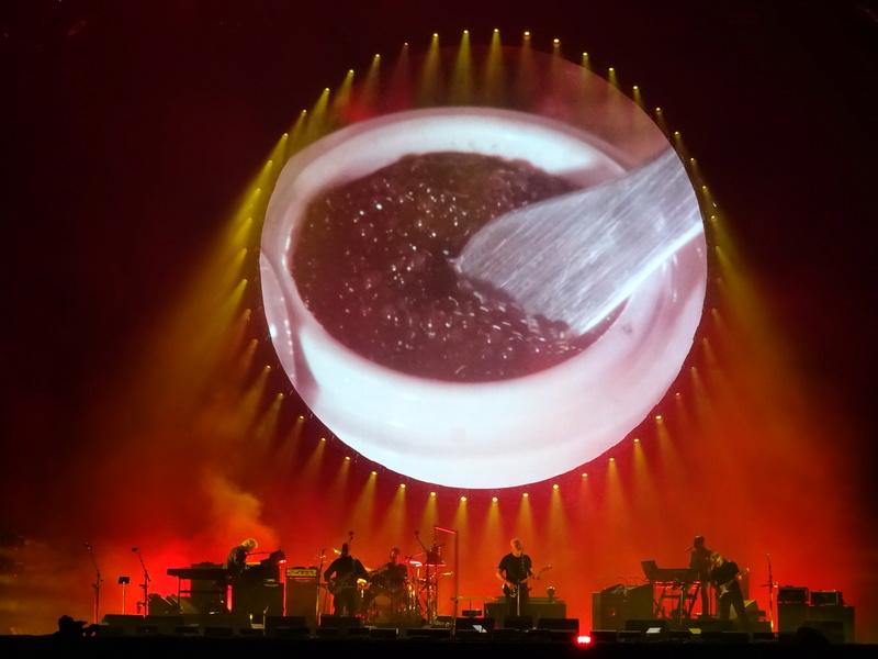 David Gilmour à la Saline Royale d'Arc-et-Senans (Besançon) le 23.07.16 - Page 22 Dsc01119